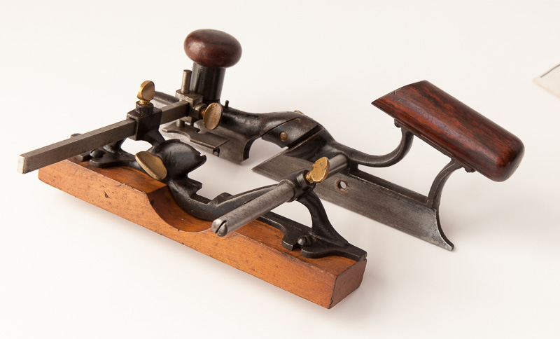 Buying Good Tools Cheap  The Router Plane  Paul Sellers