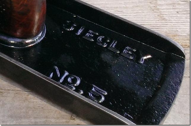 Siegleys name cast in base5